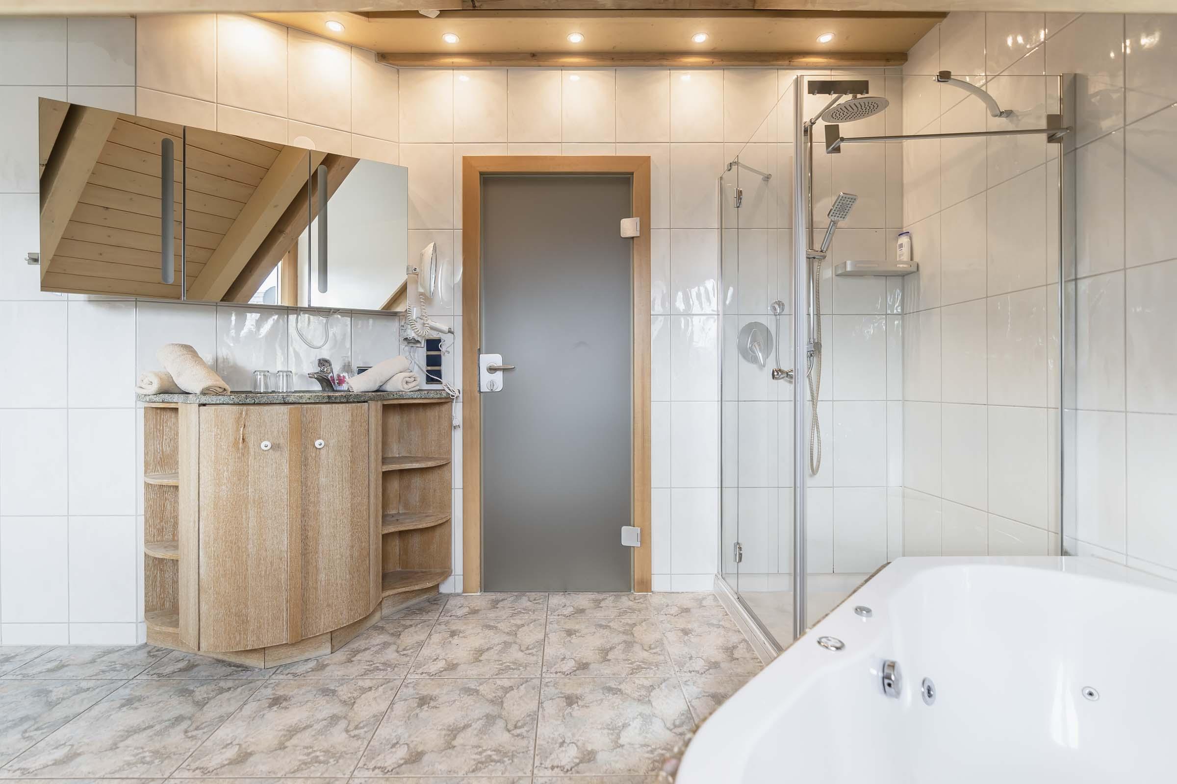 Hotel Haus Am Gries Murnau Apartment Bathroom